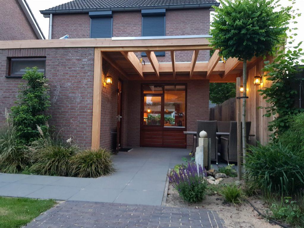 terrasoverkapping in opbouw